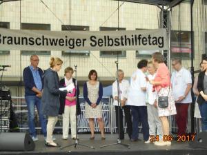 Die geehrten von links nach recht sind, Thomas Meyer, Wilma Isola,Astrid Stute, Hella Sievers und Daniela u. carsten Gebhardt